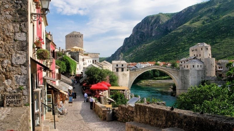 Babes in Mostar